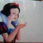 disney-snow-white-macbook-1