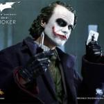 joker-action-figure-heath-ledger-3