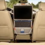 laptop-entertainer