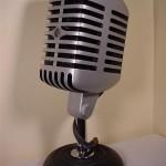 cool-pc-mod-looks-like-a-microphone