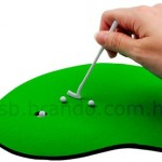 mini-golf-mouse-pad-is-a-complete-timepass-3
