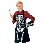 Glow In the Dark Skeleton Apron And Mittens Make A Spooky Pie1