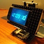 iphone dock made of lego