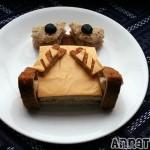 wall e sandwich art