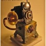Steampunk Eye Pod Victrola iPod