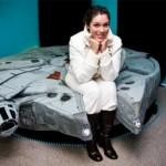 millenium falcon bed front