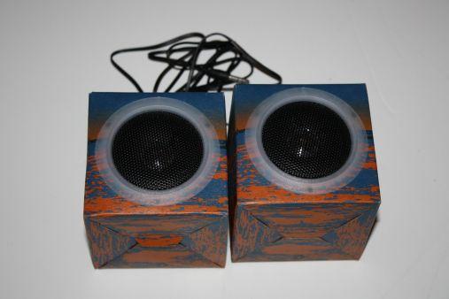 portable vibration speaker rock it