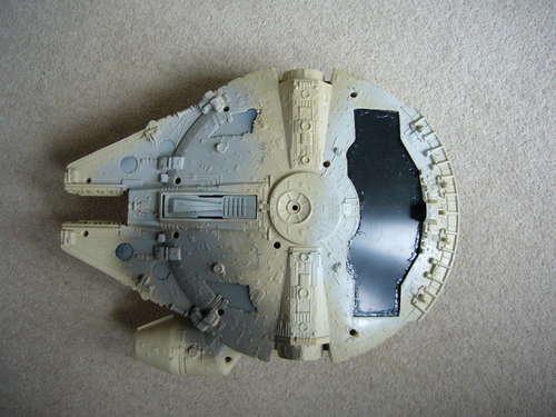 Mini Millennium Falcon (2)