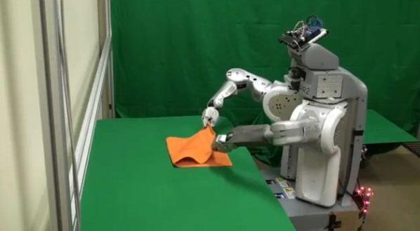 Towel Folding Robot (2)