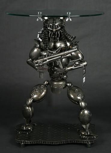 predator lamp table