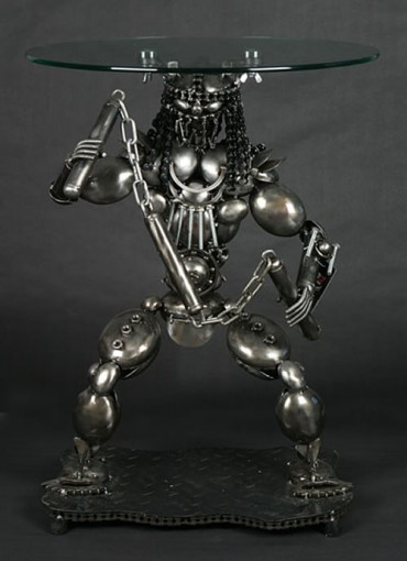 predator lamp table