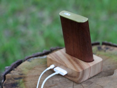 wooden ipod mini