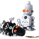 robotic salt and pepper shaker image thumb