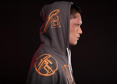 Watch Sark Glow in the Dark with the Lightning Hoodie (2)