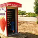 fresh strawberries vending machine image