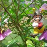 super mario bros bees figures
