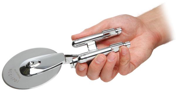 star trek enterprise pizza cutter gadget
