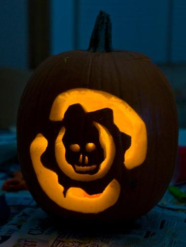 halloween pumpkin carvings artwork gears of war
