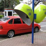 Bizarre_and_Creative_Phone_Booths_15