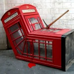 Bizarre_and_Creative_Phone_Booths_21