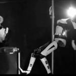Singing-Dancing-Robots-17