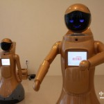 Singing-Dancing-Robots-8