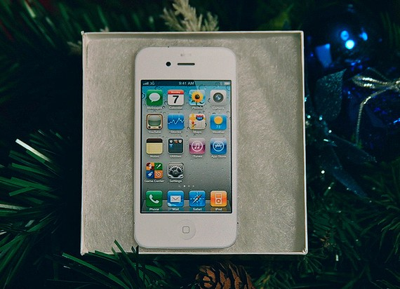 White iPhone Ornament 3