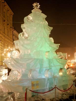 christmass tree ice sculpture design