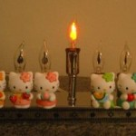 electric menorah hello kitty 2