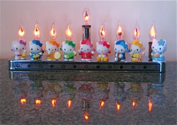 electric menorah hello kitty