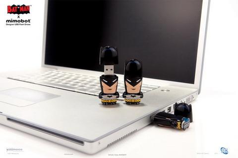 Mimobot Batman Flash Drive size