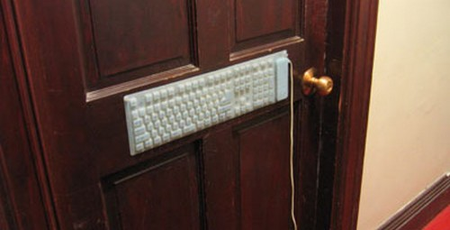 Weird_Door_Locks_1