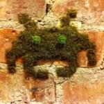 Space Invader Moss Alien