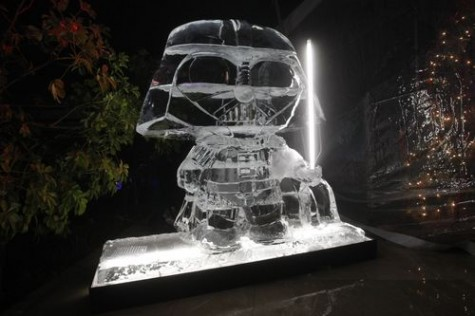 star wars ice sculptures darth vader stewie griffin