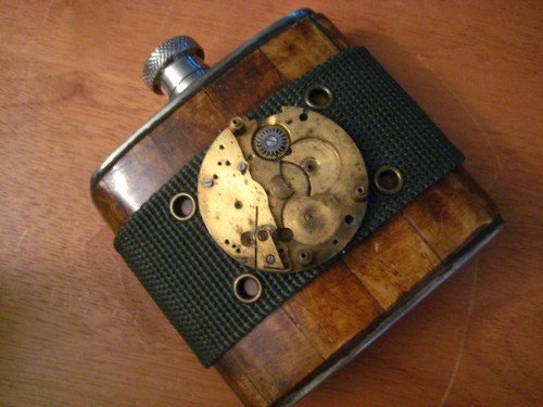 Cool_Hip_Flask_Designs_1