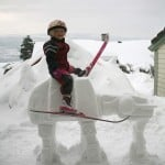 Imperial AT-AT Snow Sculpture Riding 2