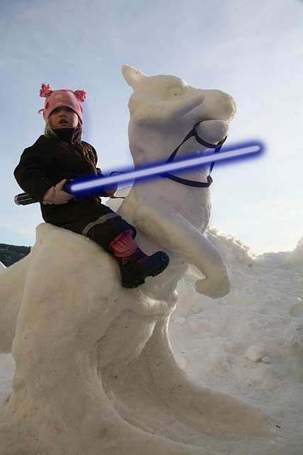 Star Wars Tauntaun Snow Sculpture