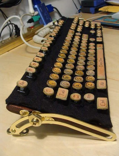 Steampunk_Keyboard_Mods_13