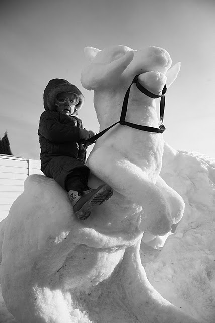 Tauntaun Snow Sculpture