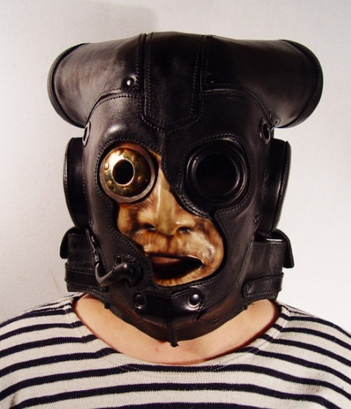 Weird_Gas_Mask_Designs_9