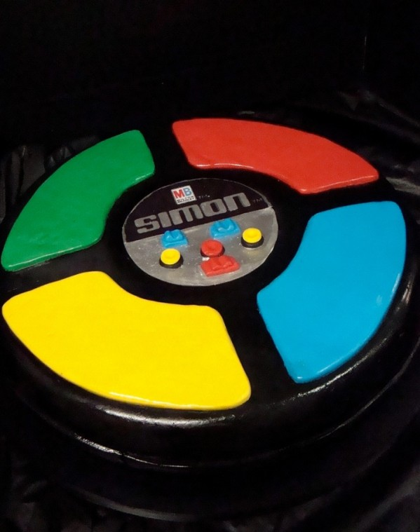 simon game cake