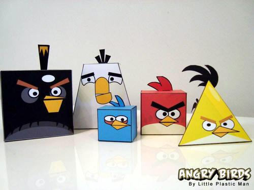 Your very own angry birds revenge in papercraft walyou and now its possible to recreate the angry birds scenes with the use of printable diy version of the games characters and recreate the struggle solutioingenieria Choice Image