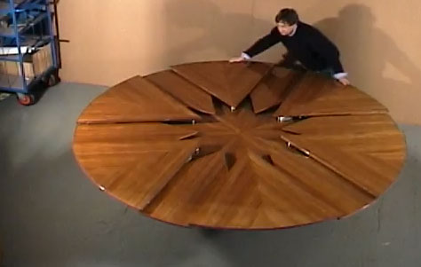 Yacht Ilona Capstan Table
