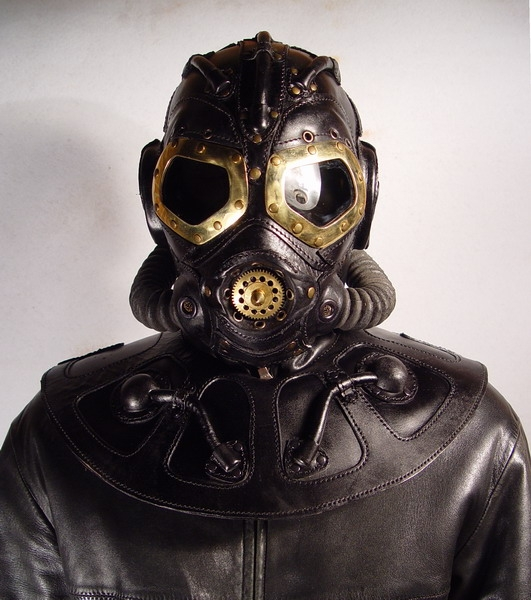 Leather steampunk gas masks walyou this time around bob basset has unveiled the rp 8 steampunk leather gas mask and the rp 9 steampunk leather gas mask which look rather cool voltagebd Images