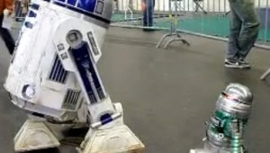 r2d2 heineken robot video
