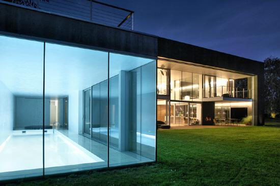 Zombie House Windows