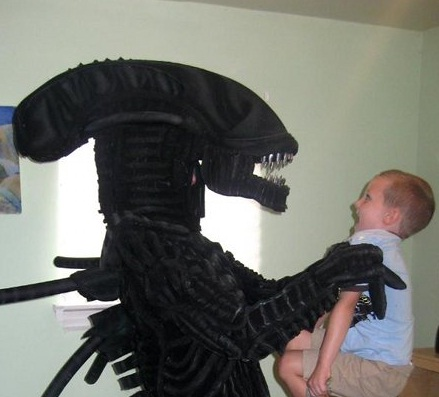 alien costume babysitter