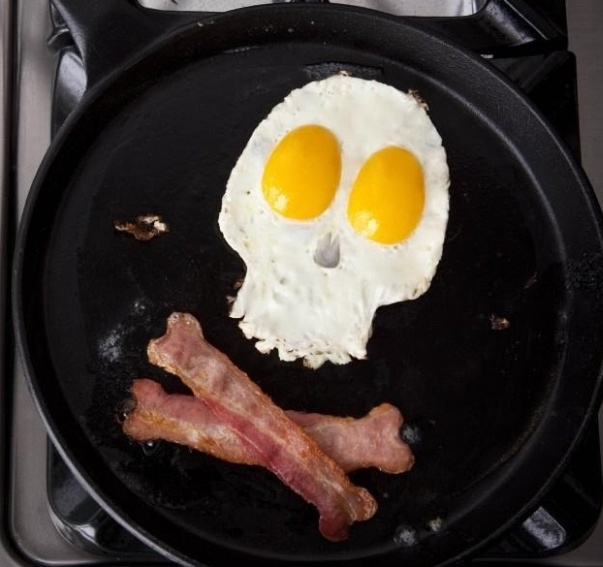 bacon and eggs pirate breakfast
