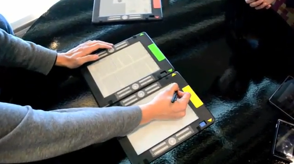 E-ink linked tablets