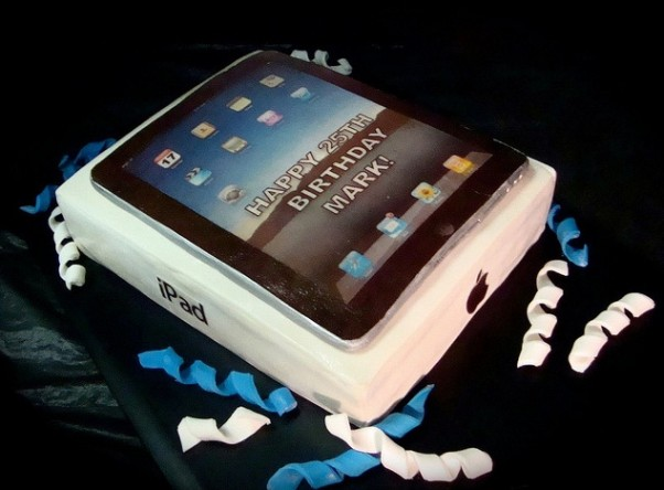 ipad 2 cake design art